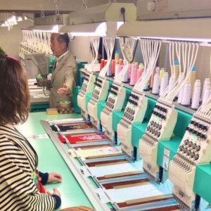 刺繍半衿の仕事場